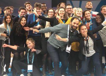 Foto van deelnemers aan de Paris Peace Forum hackathon