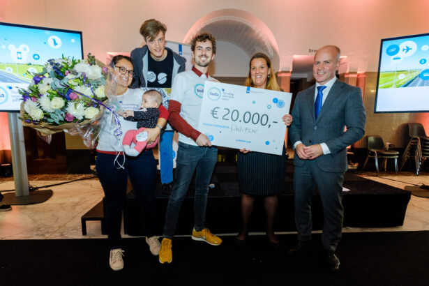 Prijsuitreiking SODA2018 award aan Open State Foundation